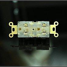 《名展音響》MSaudio 比美國原裝貨好聽.音響级無磁感鍍金電源插座