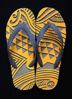 休閒鞋海灘鞋夾腳拖鞋涼鞋像版畫模板又似木雕刻的橡膠雕刻文創藝術品007【心生活美學】