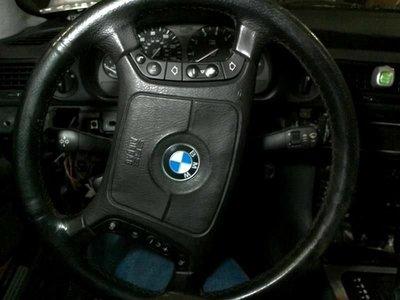 96-99 00-  BMW E32 E34 E36 E38 E39 E46 X3 X5  牛皮 跑車 中古 方向盤 新北市