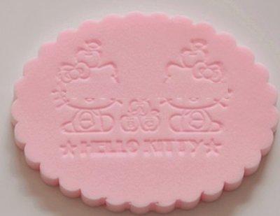 可麗兒美妝~kitty 可愛貓咪 獨立包裝 潔面海綿 清潔海綿 洗臉海綿 7mm 11.5x8.5cm 濕式海綿