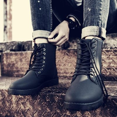 男靴 男鞋馬丁靴英倫短靴冬季加絨保暖雪地靴沙漠靴高幫工裝皮靴-小精靈