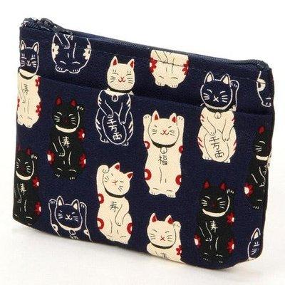◎Life Sense◎【日本製】日本招財貓小物包 化妝包 萬用袋 零錢包 日本花布錢包