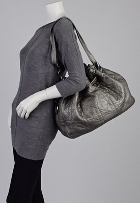 ☆╮小白ㄉ私房貨╭☆專櫃真品Christian Dior Cannage 灰色 小羊皮肩背 側背水桶包(高雄市可面交)