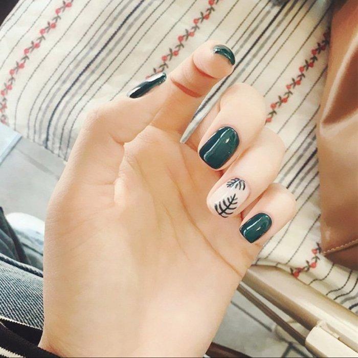 SX千貨鋪-美甲用品工具墨綠樹葉成品短款假指甲貼片手指甲甲片#美甲貼#貼紙#防水持久#指甲貼#美甲工具