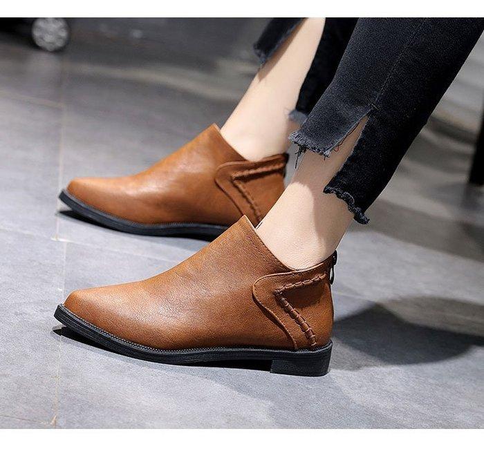【鳳眼夫人】 秋冬款 歐美簡約PU皮後拉鍊尖頭低跟踝靴 短靴 *2色