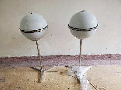 早期德國歌蘭蒂古董GRUNDIG白色球型喇叭8000型圓球喇叭完整無缺件普普風SPACE AGE 太空時代
