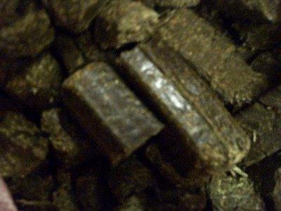 強妮寵物◎加拿大新鮮進口兔兔專用超香濃磨牙牧草磚