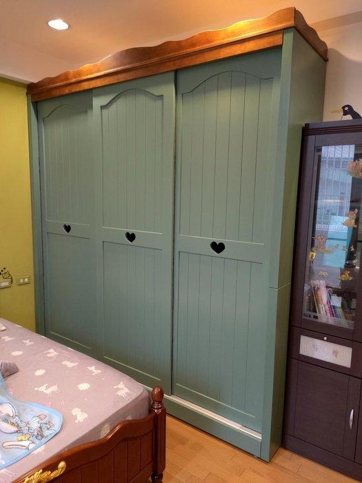戀戀小木屋 愛心款 客製 墨綠色衣櫃 客製衣櫃