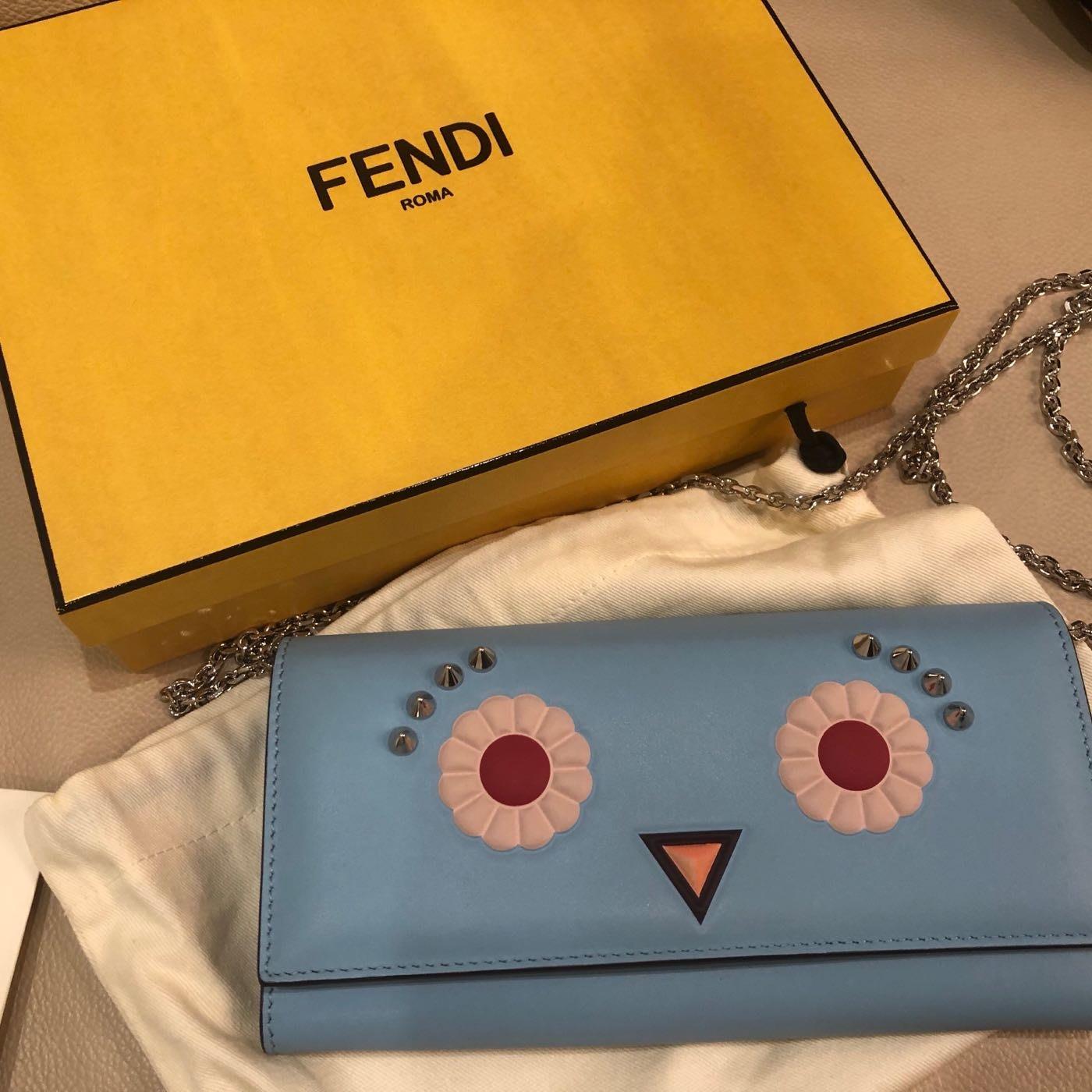 Fendi 怪獸 天藍 鏈條錢包 零錢包 錢包 化妝包 保證正品 防塵袋盒子 完整 情人節 生日禮物