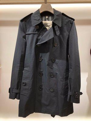已售出 Burberry Trench coat 標準 長度版 黑色經典 雙排釦風衣 尺寸46 義大利製 黑色經典格紋 8成新