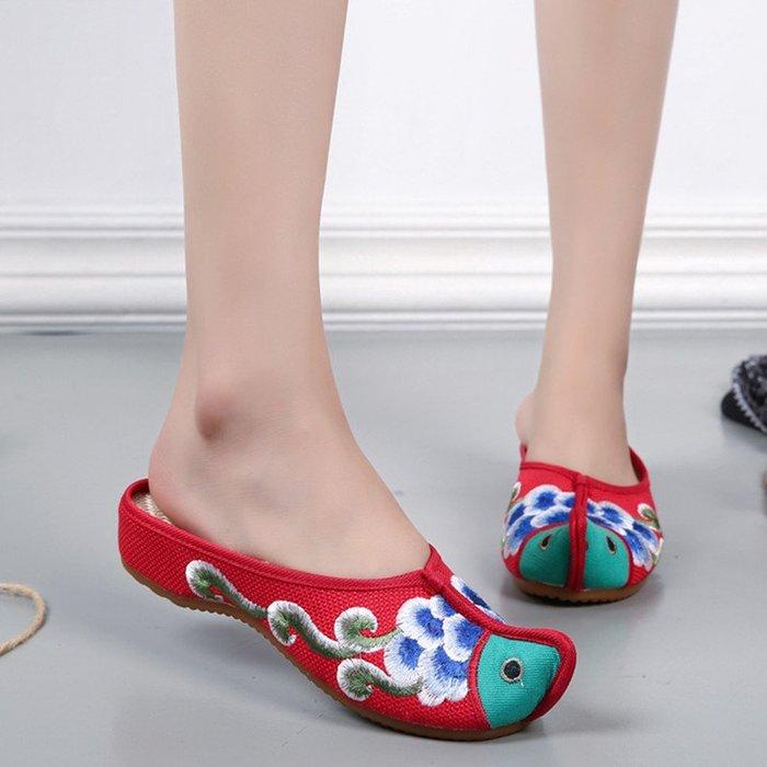 民族風 復古 繡花鞋 超夯 增高鞋 西雙版納泰國異域風情翹頭魚造型拖鞋民族風繡花鞋俏皮涼拖鞋