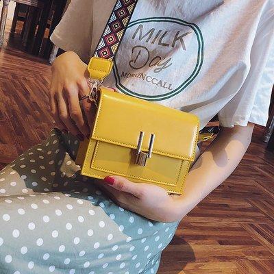 手拿包 錢夾 手提包 側背包 後背包 夏天小包包女夏季潮寬帶單肩包韓版時尚小方包百搭斜挎包