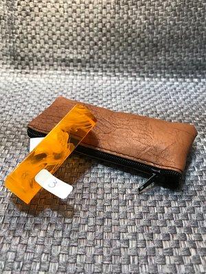 【客製化印鑑章】仿琥珀香料壓克力印章、5分方章(1.5公分)、含刻贈送拉鍊袋、特價每顆:199元、編號01