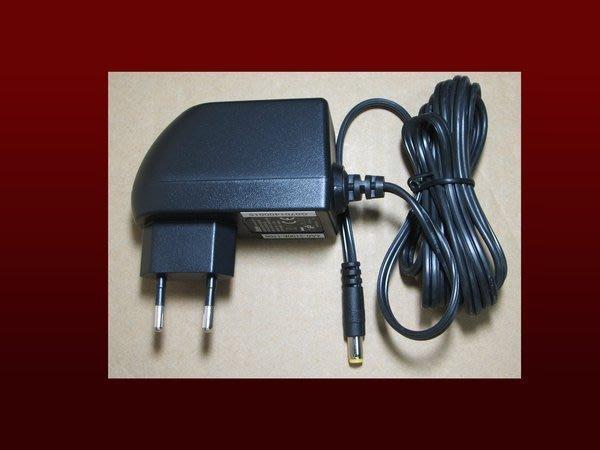 瘋~ 便宜賣 全新 歐規變壓器 國際電壓 100-240V 6V 2A 買個轉接頭台灣也可用 CE RoHS 最低購買量10顆,十顆以下請到另一賣場