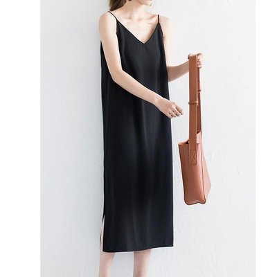 「米諾小屋」 102ROOM 黑色吊帶連衣裙春秋長款寬松顯瘦直筒內搭打底長裙女夏RL28