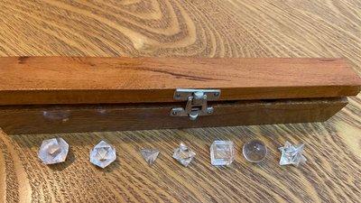 元素水晶一組+木盒|平衡內在五元素 Elemental Crystals in Practice