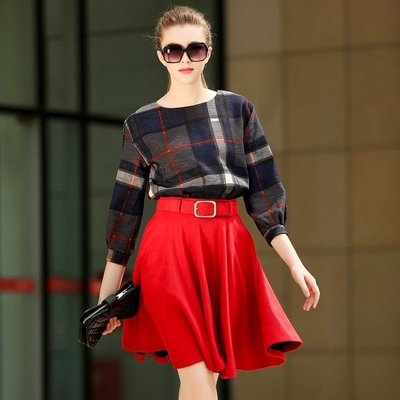 GOGO SHOP☆╭歐美新款紅藍暗格背後拉鏈長袖上衣+大擺裙中長裙套裝(送腰帶)【X9785】兩件式S~XL大衣洋裝