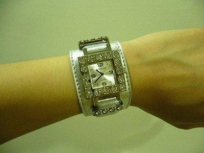 DYRBERG/KERN 丹麥品牌施華洛水晶 超炫銀色女錶☆°╮含運費