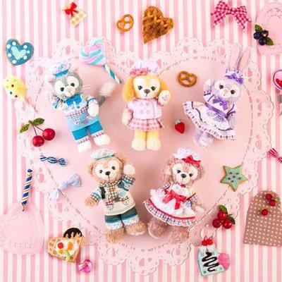 Ariel Wish日本東京迪士尼2020情人節春季達菲熊Duffy雪莉玫史黛拉兔兔畫家貓站姿別針珠鏈吊飾掛飾-四款絕版