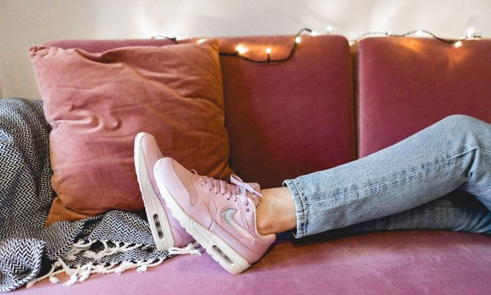 【Cheers】Nike W Air Max 1 Jewel Swoosh 玫瑰粉 寶石勾勾 女鞋 AT5248-500