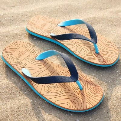 路拉迪人字拖男士夏季木紋涼拖鞋防滑平跟夾腳涼鞋沙灘鞋歐美潮流  -免運
