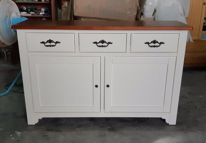 美生活館 --- 家具訂製 客製化  美式鄉村 實木 雙色 銅柚色+百合白  餐盤櫃.書櫃.餐櫃.置物櫃.收納櫃-下座