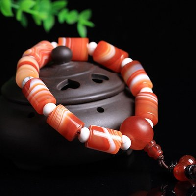 天然手工A級紅色蠶絲瑪瑙佛珠手串 拋光瑪瑙手工藝品