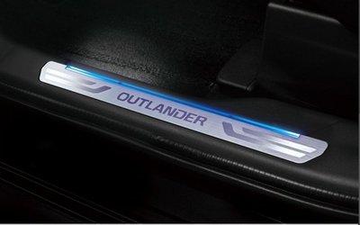 巨城汽車精品 2014 NEW OUTLANDER 專用 LED 內門檻 踏板 含室內照地燈 藍光 新竹 威德