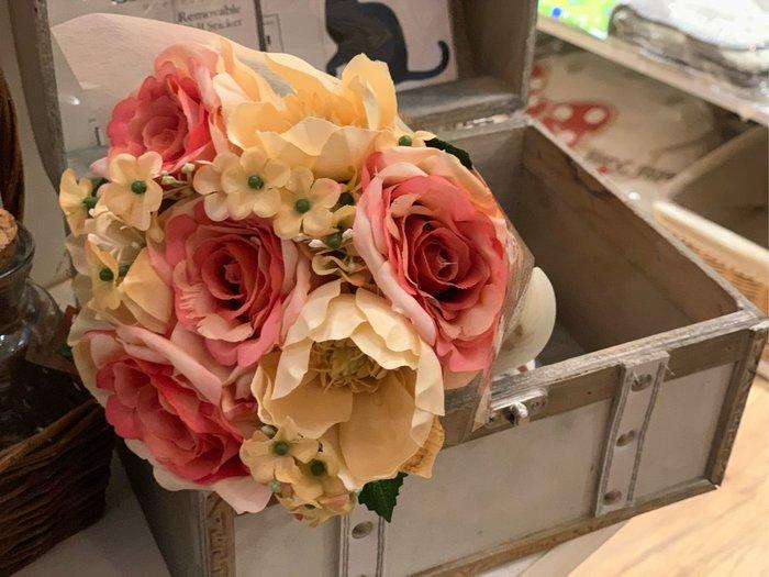 *黑頭小羊雜貨小舖*日本帶回zakka~超美的鄉村風/法式風格雜貨風CT觸媒粉橘色玫瑰人造花束/裝飾佈置玫瑰花束~