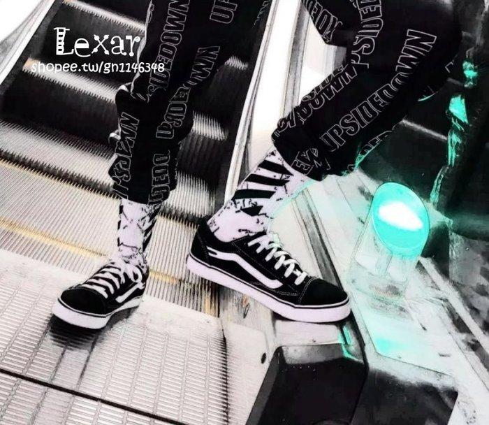日韓歐美潮襪街頭原宿黑白條紋運動高筒滑板襪男女情侶塑性長襪