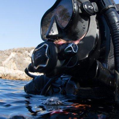 台灣潛水---OCEANIC ZEO   FDX-i 調節器