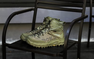 全新 HOKA ONE Tor Ultra HI WP 軍綠 重磅高筒