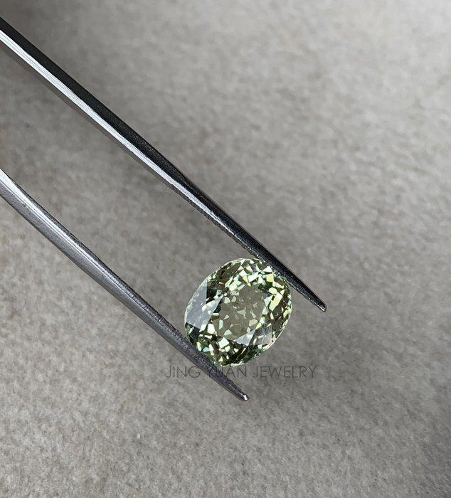 JING YUAN JEWELRY 莫三比克淺綠碧璽3.50ct 橢圓混合螺旋式車工 火光超好 顏色透亮