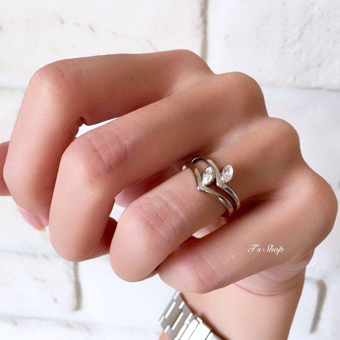 《美國T`s Shop》現貨出清  超低折扣 超美!Vita Fede 施華洛世奇 馬眼鑽 單鑽 / 雙鑽V字戒指