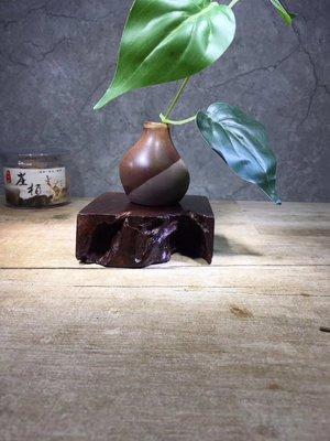 老撾大紅酸枝,精品 隨形座 木樣 紙鎮,紋路油性一流 無膠無漆  檯B5