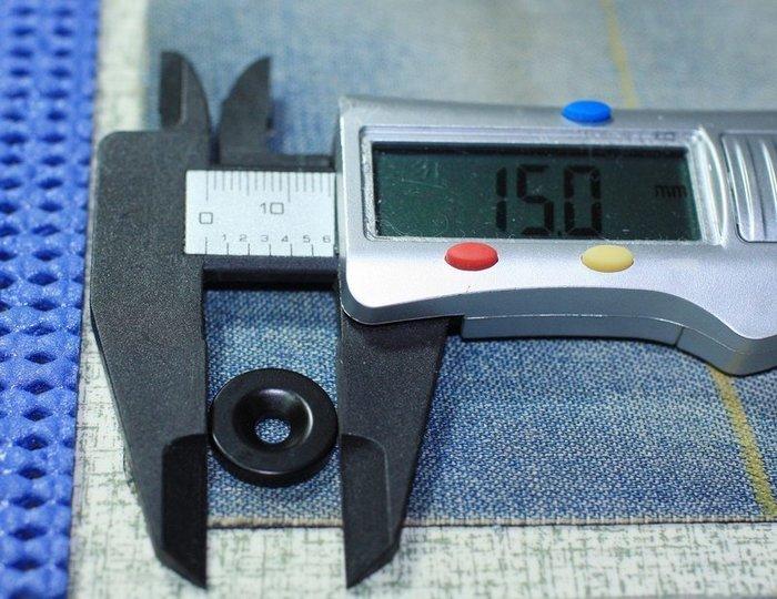 釹鐵硼黑色防水強力磁鐵-15mmx3mm(單孔4mm)帶孔磁鐵 @萬磁王@