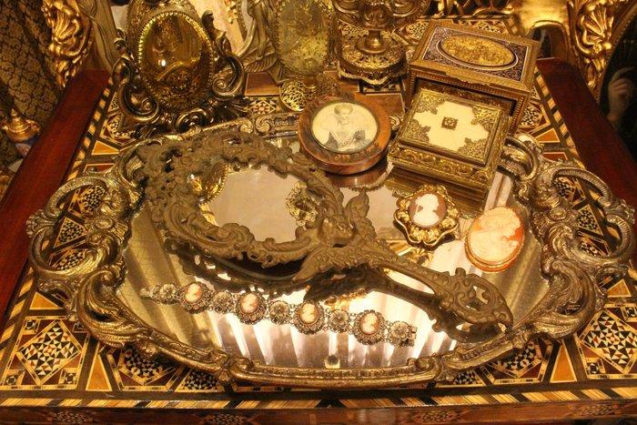 【家與收藏】特價稀有珍藏歐洲古董法國古典巴洛克Baroque優雅天使華麗浮雕銅手鏡2