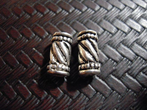 ※布箱子※ 古銀配件~螺旋條紋長桶隔珠(B156)~每個7元~買10送2