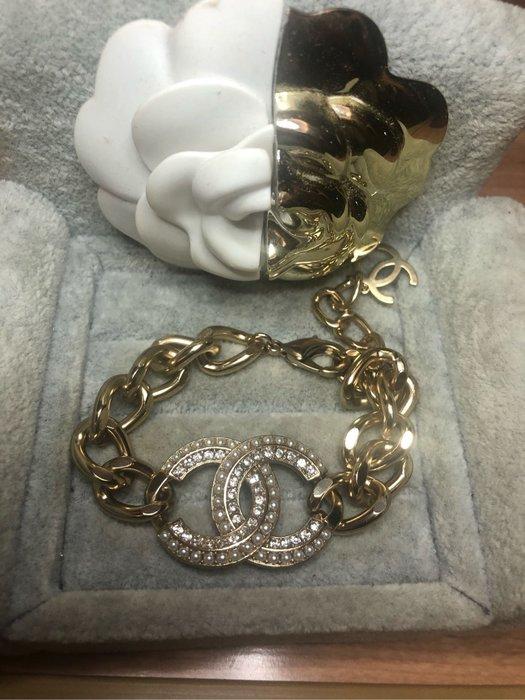 香奈兒 CHANEL  經典 二手 金色 水鑽 珍珠 logo 造型 手鍊