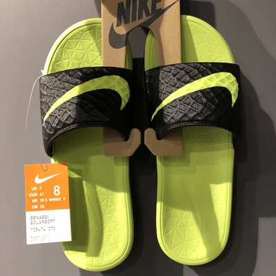 NIKE BENASSI SOLARSOFT SLIDE 黑 螢光綠 軟底 拖鞋 705474-070