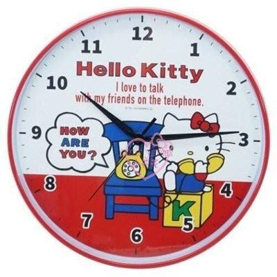 ♥小花花日本精品♥HelloKitty講電話椅子積木造型連續秒針圓形大數字時鐘掛鐘壁鐘~3