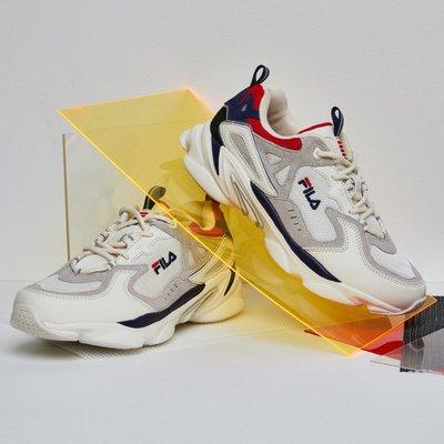 小金*韓國代購*金裕貞畫報款 FILA SKIPPER 增高運動鞋/老爹鞋型號1RM01154 限時特價~預購中