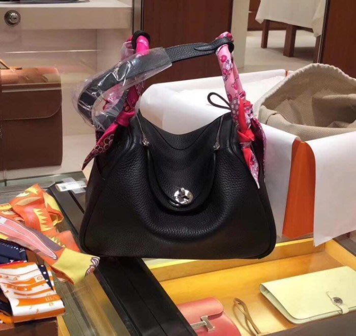 Hermes Lindy 30 TaurillonClemencce 89 黑銀扣