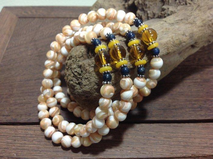 水晶青金石蜜蠟銀飾-天然礦石6mm黃金硨磲四圈手串