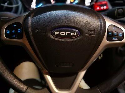 Ford  Fiesta 1.0 1.5 1.6撥片方向盤 定速