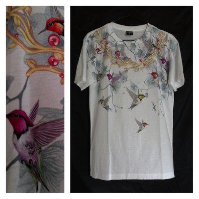 A-PO小舖 花朵與燕子文鳥圖案短袖T恤 白色 國外進口 全新品 特價 490
