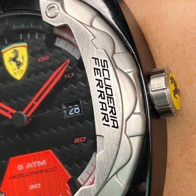 FERRARI法拉利男錶,編號FE00020,46mm黑圓形精鋼錶殼,黑色運動錶面,深黑色矽膠錶帶款,別樹一格!