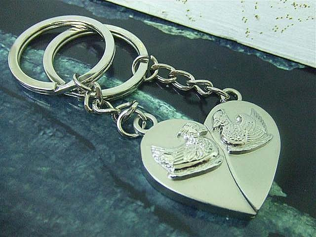 ☆創意特色專賣店☆ 鴛鴦 鑰匙扣 /創意可愛金屬鑰匙圈 時尚造型個性飾品