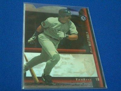 阿克漫218-107~MLB-1994年SP Holoviews Die Cuts特卡1:75 Don Mattingly只有一張