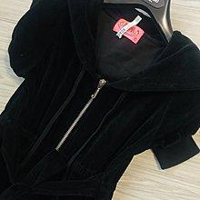 原價$19500 黑色天鵝絨短袖連帽連身褲
